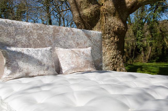Dartmoor Beds Roger Charles