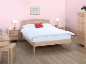 Snowshill Bedstead with Vertical Bars