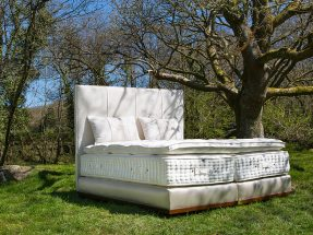 ROGER CHARLES Limited Editon Bed